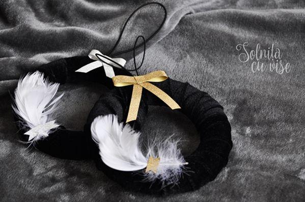 Elegant Wreath with Black Velvet | Silver&Gold