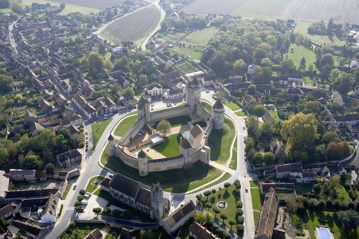Le château vue du ciel <br/> Crédit photo : Gaud