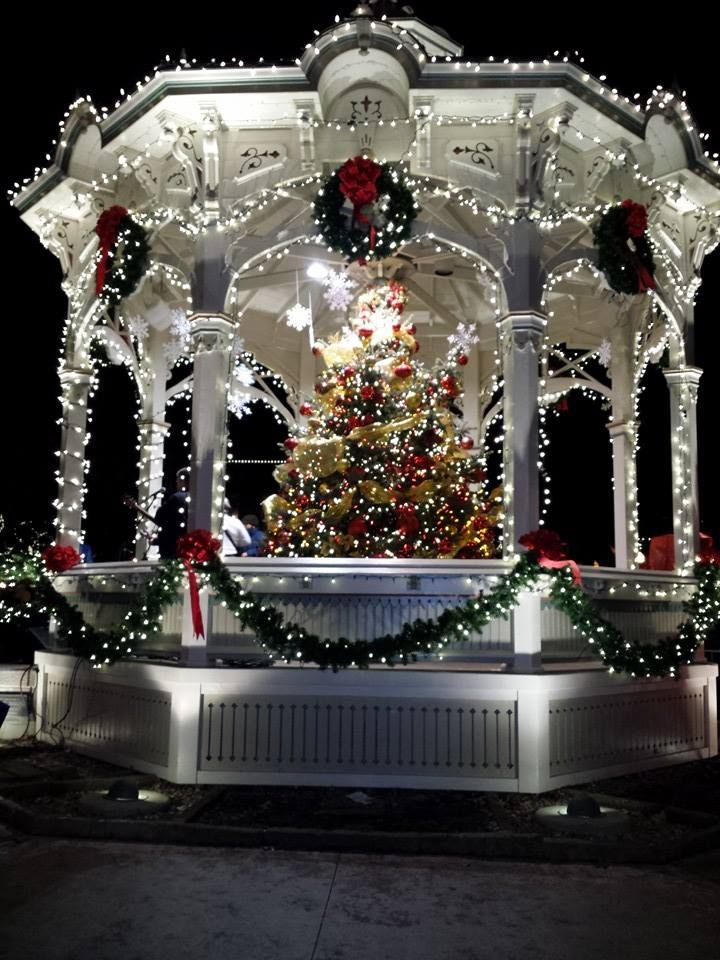 "Medina, Ohio's beautiful Gazebo!  Doesn't that just say ""Merry Christmas?"""