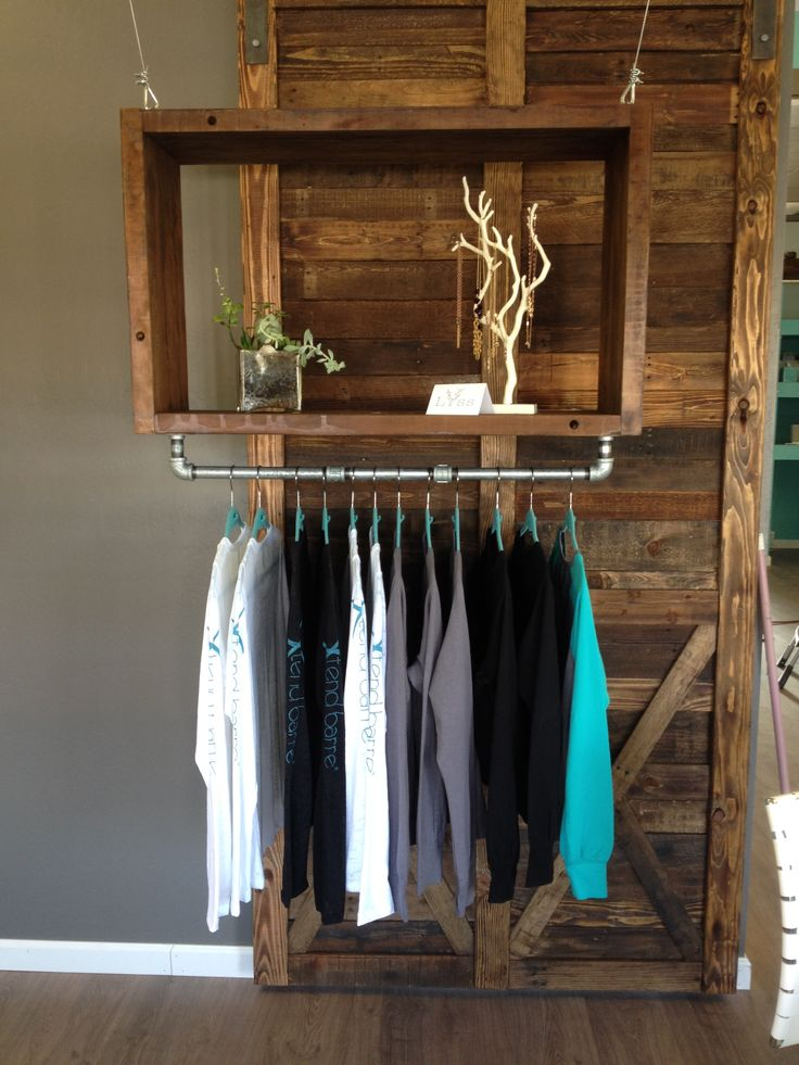 Solid barn wood cube and pallet wood barn door built by Reconstruction Warehouse for an Xtend Barre Studio in California. Let us create your dream piece! www.recowarehouse.com