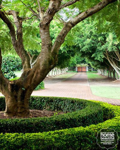 Front Yard Landscaping Ideas With Circular Driveway The: 25+ Best Long Driveways Ideas On Pinterest