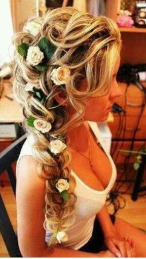 Cant wait till my hair can do this.. Motivation