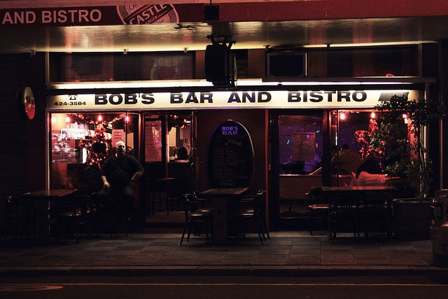 Bob's Bar on Long Street in Cape Town is another favorite of American students and tourists. It's always packed to the brim, but still a good time on Friday and Saturdays.