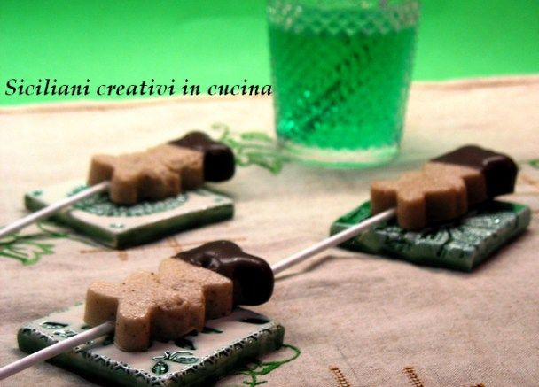 Ghiaccioli di banana con cioccolato alla menta | SICILIANI CREATIVI IN CUCINA | di Ada Parisi