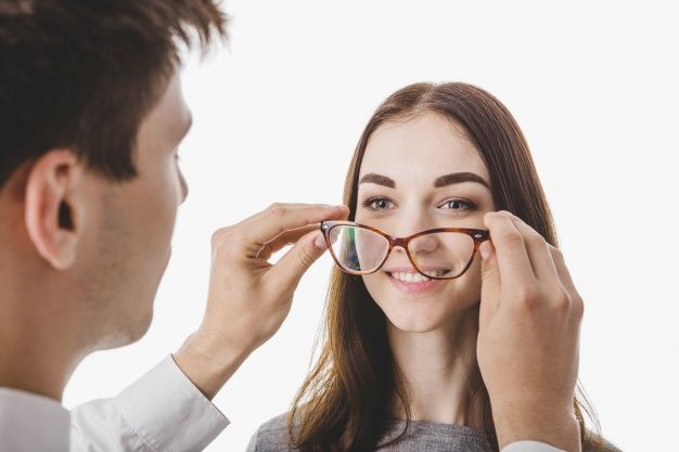 If you consult with a Nashville Optometrist for your eyesight problems he will surely tell you that nutrients like omega 3 fatty acids, zinc, lutein, and also vitamins C & E are very good for the age related eye problems. They can also tell you good precautions so that you can enjoy good eyesight even in old age.