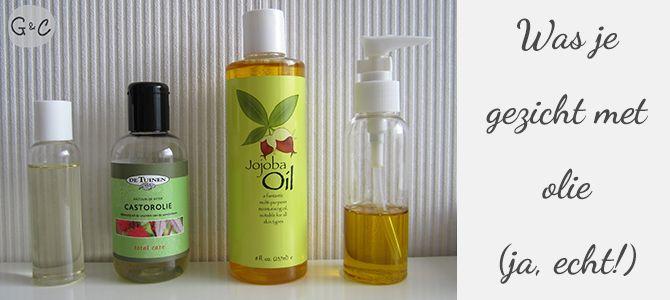 Dit is echt de beste beslissing met betrekking tot mijn huid die ik ooit heb genomen. For real. Wat had ik graag van de Oil Cleansing Method (OCM; je gezicht reinigen met olie) willen horen toen ik...