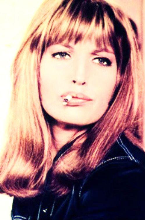 Monica Vitti Monica Vitti in I Married You for the Fun ( Luciano Salce - 1967) .