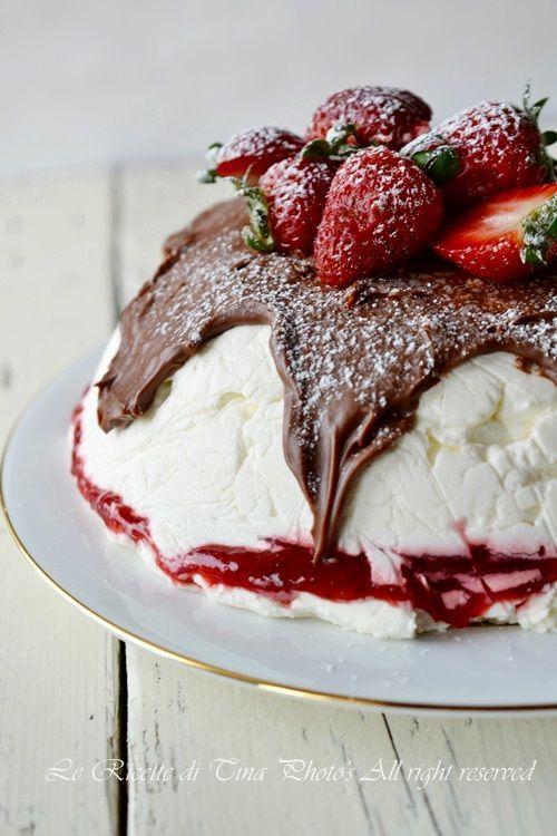 semifreddo con fragole,semifreddo,torte con fragole,torta fredda,torta facile,le ricette di tina,