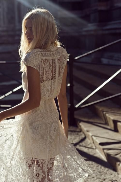 #white #lace #dress #vintage #hippie #boho #indie #hipster #womens #fashion #street #style