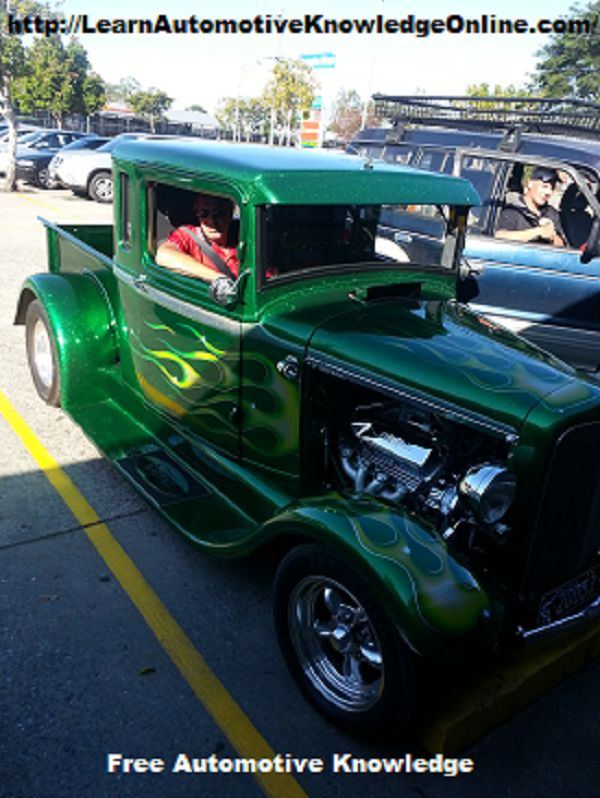 32 Ford rod. 351 Cleveland engine and Nine inch differential assembly. http://www.LearnAutomotiveKnowledgeOnline.com/category/automotive/