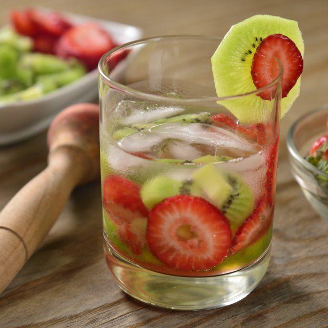 Caipiriña de Fresa y Kiwi con Vodka