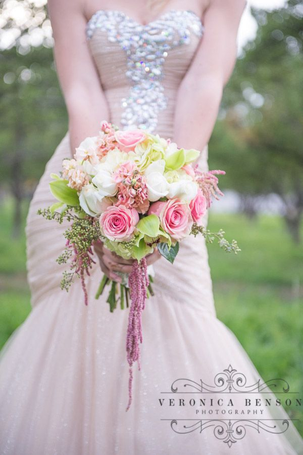 champagne color wedding dress, bouquet, blush colored flowers, utah wedding photographer