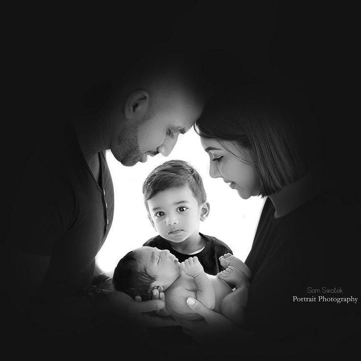 Eine großartige Möglichkeit, junge Geschwister aufzunehmen, wenn Sie befürchten, das Neugeborene fallen zu lassen – Angelina.