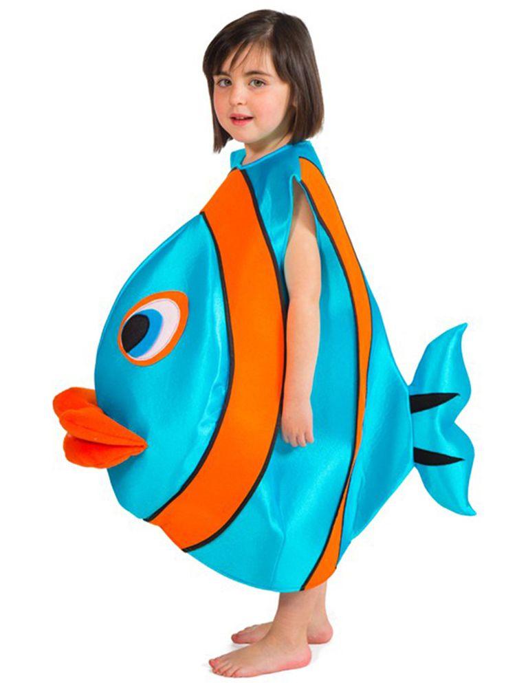 Muévete en las fiestas como pez en el agua con este disfraz de pez infantil. Este salado disfraz de pez incluye una única pieza, de color azul con rayas naranjas, a juego con los labios y con ojos situados en la parte delantera.