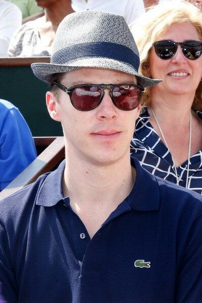 <3 Ben ..... O_O ... looking neutral again ..... O_O ..... Got his hat on and his crocodile logo Polo shirt, dressed all casually smart  :-)  <3     *Ben watching the French Open mens final 8th June 2014*