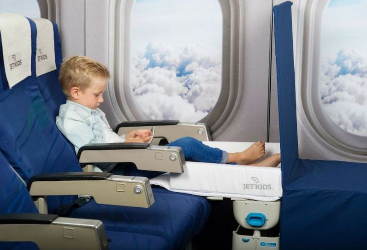 Child Airplane Seat Beds - The Jet Kids 'BedBox' Kid's Bag Makes an Airplane Seat into a Bed (GALLERY)