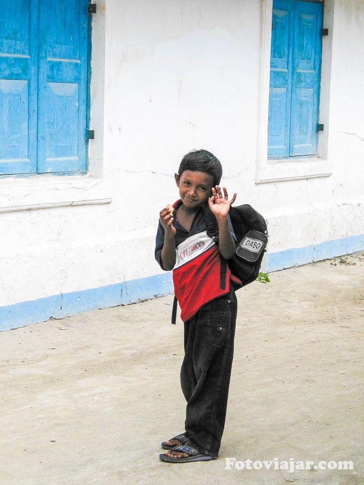 O que fazer nas Maldivas - visitar outras ilhas e conhecer as crianças