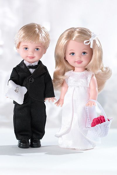 Wedding-day Barbies: David's Bridal Perfect Pair Tommy and Kelly (2005)