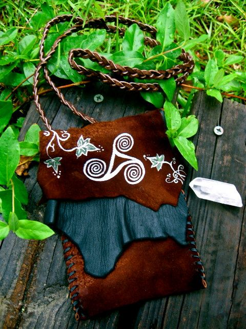 Handbags Pagan Wicca Witch:  Celtic Triskele and Ivy Leather Bag, by EireCrescent.
