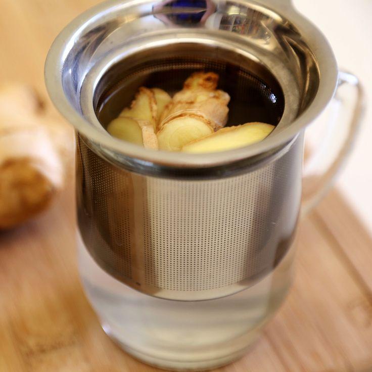 A gyömbérből készült tea kihajtja a vesekövet, megújítja a májat, és elöli a tumorsejteket. Így csináld, hogy hasson!