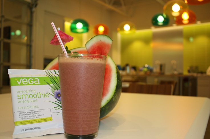 Recipe: Watermelon Mint Vega Summer Smoothie #BestSmoothie #VegaSmoothie