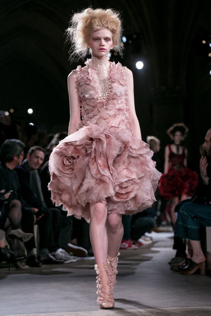 A shredded organza dress that explodes in millefeuilles of flowers at the hem | Alexander McQueen Fall 2015 (Photo: Nowfashion)