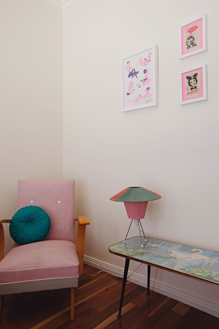 Artwork on left by Neryl Walker and the two smaller prints are by Gemma Jones. Paula-Jane won the auction for the flamingo coffee table on eBay about seven years ago. It features art by Bernard Russell.