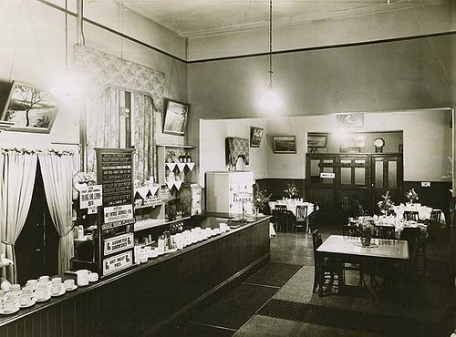Railway Refreshment Room - Tamworth, 1949