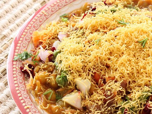 Sev Usal - Ragada with Sev, Onion, Tomato and Chutneys