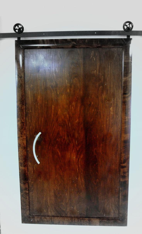 Drzwi na sprzedaż . Drzwi wykonane z drewna palisander . Możliwość dodania indywidualnych pomysłów na bazie projektu