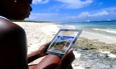 The EXPERIENCE GUADELOUPE GUIDE on Pointe des Châteaux in Guadeloupe islands!