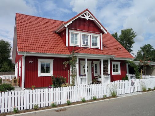 46 besten haus bilder auf pinterest schwedenhaus wohnen und fassaden. Black Bedroom Furniture Sets. Home Design Ideas