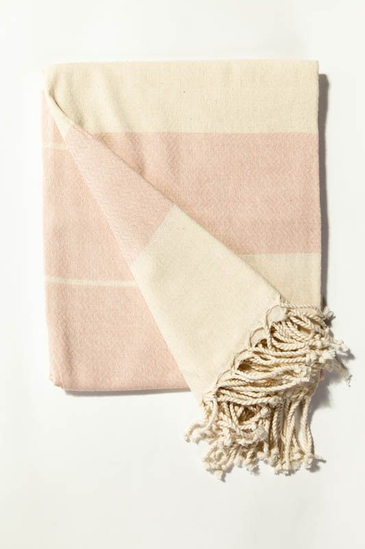 Ottoloom Portofino Turkish towel in Dusky Pink. Hand loomed with 100% GOTS certified organic cotton.