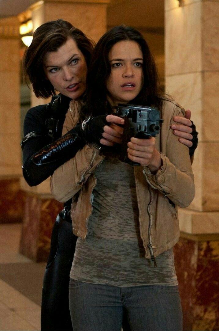 Michelle Rodriguez Resident Evel 5 Resident Evil Movie Resident
