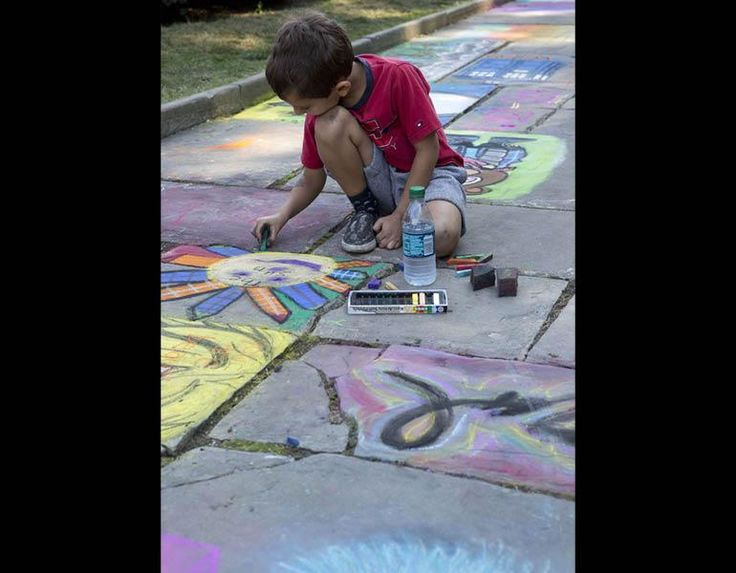 Chalk Festival: Children and adults enjoy this annual event where community members join professional artists in using the walkways around the Fine Arts Garden as a colorful canvas. Begun in 1990, our festival is a modern expression of a Renaissance tradition from 16th-century Italy, in which beggars copied paintings of the Madonna by Raphael and his contemporaries, using chalk on the plazas outside cathedrals. #ClevelandMuseumofArt