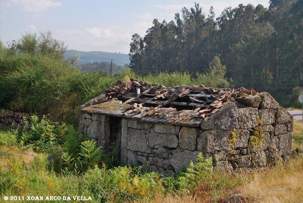 XOAN ARCO DA VELLA: MUIÑOS EN SILVOSO - PONTE CALDELAS