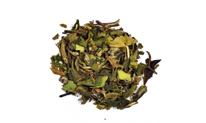 Peach Apricot White Tea: This full-bodied loose leaf white tea blends with a lovely combination of peaches and apricots.   There are delicate hints of a citrus finish with faint lingering notes of honey layered over its thick jammy character.  Perfect for an afternoon or evening sip.