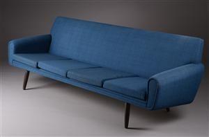 Vare: 3248607Johannes Andersen, tilskrevet??.Fire-pers. sofa