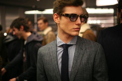 his glassesMen Clothing, Glasses, Men Style, Menstyle, Ties, Tortoies Shells, Men Fashion, Suits, Milan Fashion Weeks