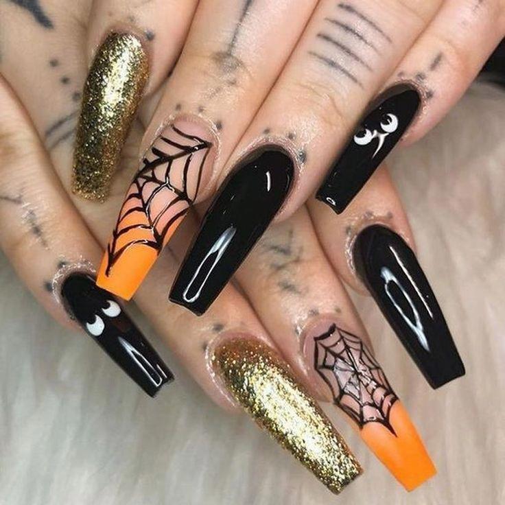 25 Trending Nail Art Designs For Halloween Art Designs Halloween Nail Trending Acrylicna In 2020 Halloween Acrylic Nails Halloween Nail Designs Halloween Nails