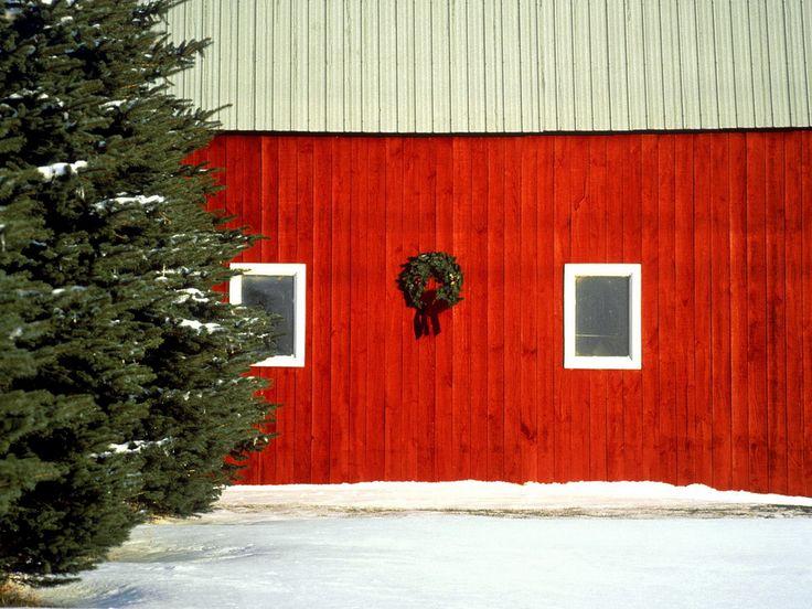 Christmas Barn Christmas Barn Christmas Wallpaper
