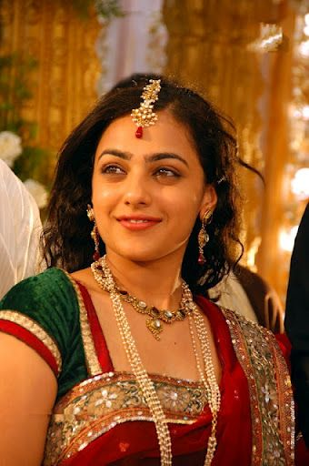 Nitya Menon Saree Stills - Big Screen Pics
