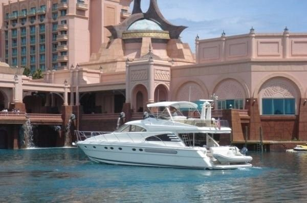 In California we are the main source of providing Yacht information regarding selling yachts.  We give thousands of brokers and dealer's details, you can contact with them. By seating in your home get information through our directory of powerboat, racing sailboat, cruise sailboats and many more.
