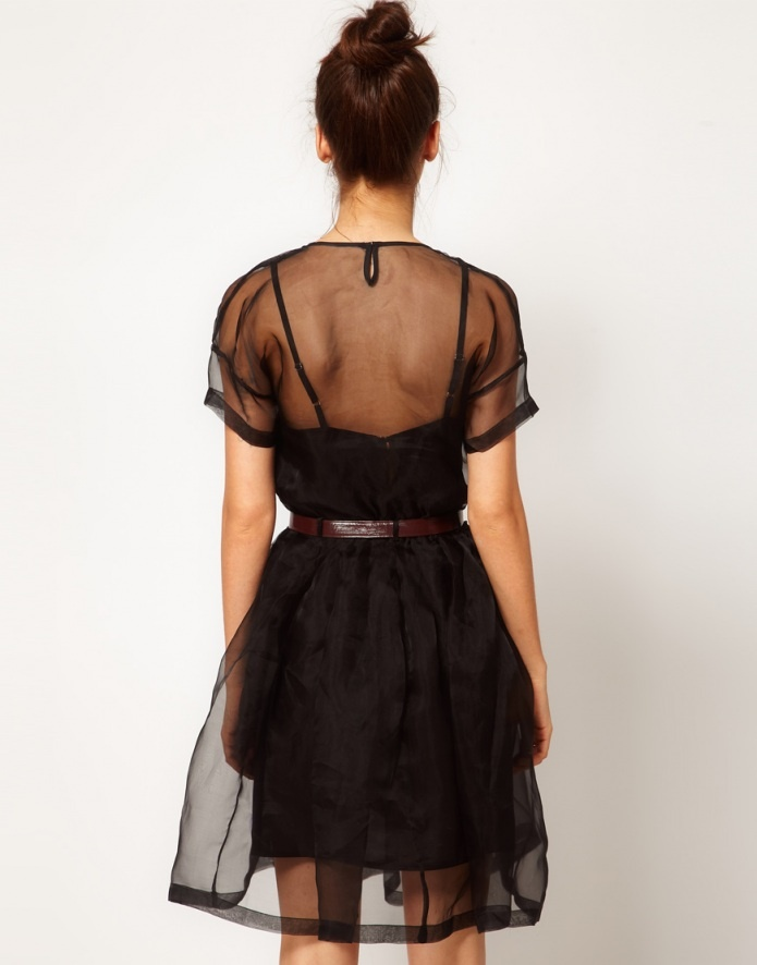 //: Pretty Dresses, Form Fitting Layer, Mo S Style, Cloth Bound Fashion, 100 Dresses, Clothes Horse, Fashion Tips, Little Black Dresses, Sheer