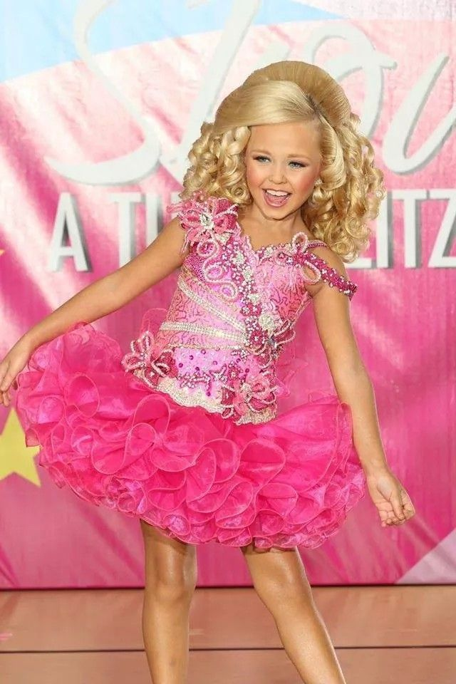 Beautiful pink glitz cupcake dress. #pageants #pageant #dresses