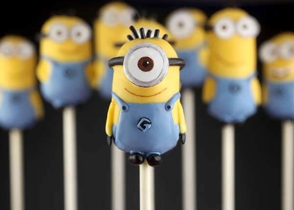 Minion-Cakepops