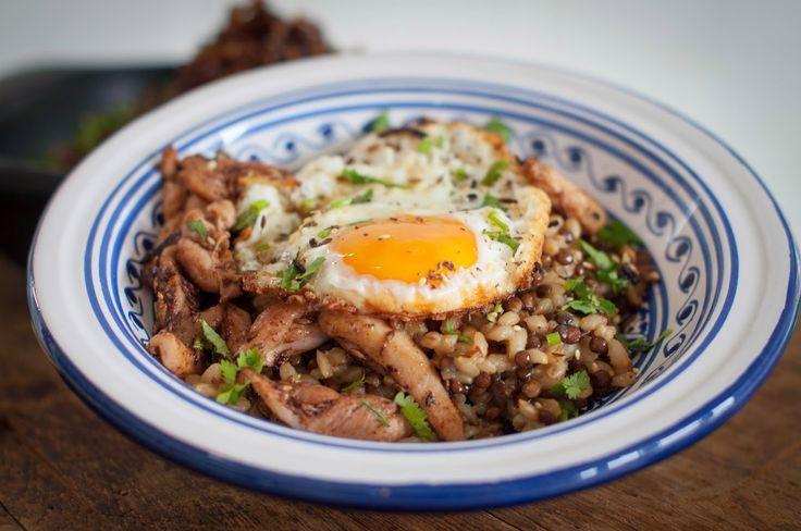 GourmetGirlfriend: Pearl Barley Mujadarra with Crispy Fried Egg