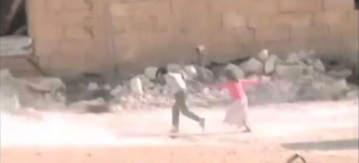 Niño rescata a otra menor en medio d euna balacera
