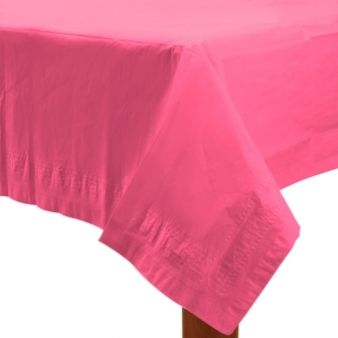 Pink papir dug til festbordet.