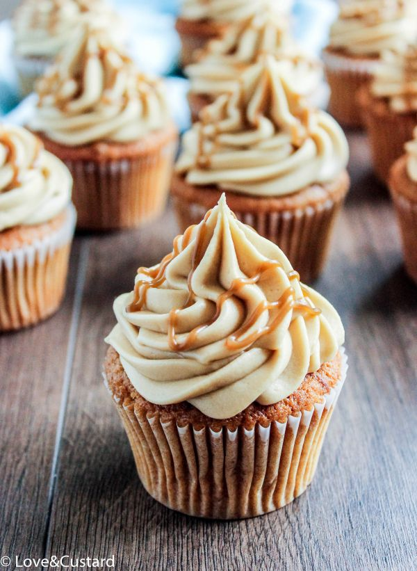 Warming, spiced toffee apple cupcakes topped with smooth toffee cream cheese frosting and a drizzle of homemade toffee sauce! – Love&Custard